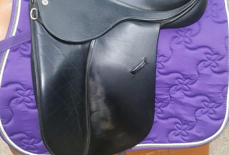 used english saddles Archives - Schatzlein Saddle Shop